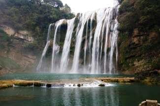 贵州黄果树天星桥陡坡塘遵义双卧六日游