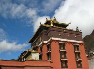 西藏尊享纯玩:拉萨全景+珠峰双卧12天